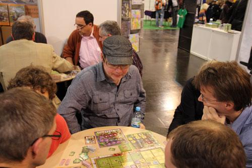 Michael demonstreert Coney Island op Spiel 2011