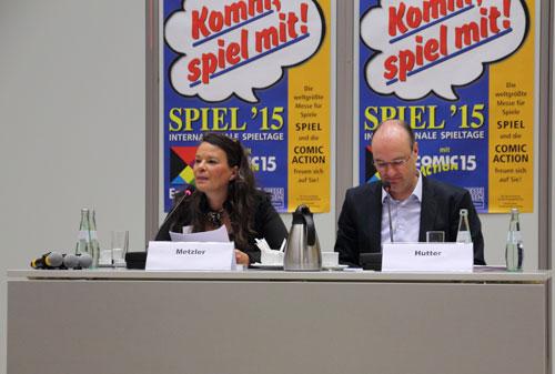 Dominique Metzler en Herman Hutter op de persconferentie